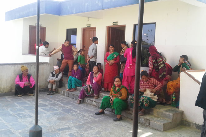 Nepali villagers waiting for acupuncture
